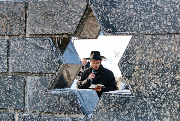 Rabbi Gotsel at the Memorial to Victims of the Holocaust Bendery